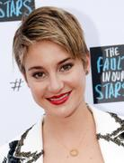"Shailene Woodley - ""The Fault In Our Stars"" Fan Event in Nashville 05/08/14"