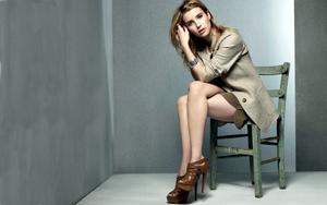 Emma Roberts Wallpapers Th_11228_tduid1721_Forum.anhmjn.com_20101201204240001_122_172lo
