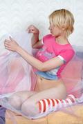 http://img216.imagevenue.com/loc382/th_801502896_RA_Funtasta_Hadya_medium_0001_123_382lo.jpg