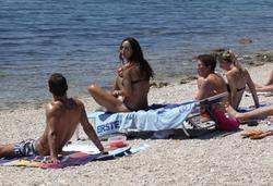 Nina Moric in bikini (OMG what a ass!!) at tthe beach in Pag, Croatia - Hot Celebs Home
