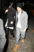 th 20960 Gomez4 123 539lo Selena Gomez   leaving a restaurant in Manhattan 02/12/12 x14Q