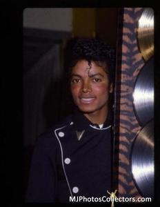 1983 Thriller Certified Platinum Th_794802999_med_gallery_8_2427_22122_122_82lo